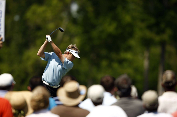 David Toms made two birdies and two bogeys for a 72.