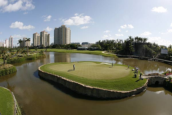 The 17th at TPC Sawgrass may feature the most famous island green in golf, but the 18th at Fairmont Turnberry Golf Club in Aventura, Fla., is no picnic.