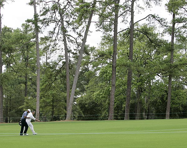 Masters Preparations: Sunday                     Tiger Woods was practically alone at Augusta as he played a practice round on Sunday.