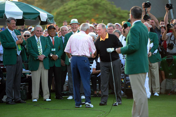 Jack Nicklaus and Arnold Palmer met on the first tee Thursday morning to kick off the Masters with ceremonial tee shots.