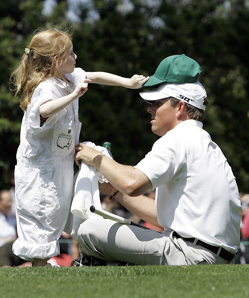 Justin Leonard's daughter tried to give him a different hat to wear.