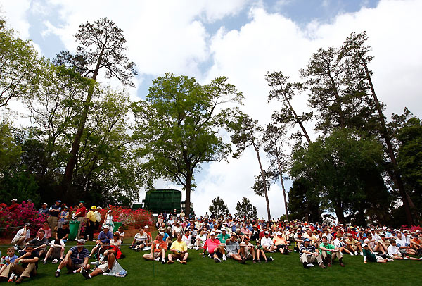 Patrons lined up for a view along the 16th hole.