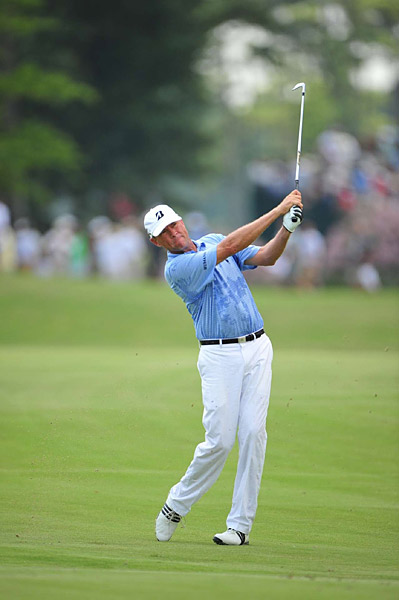 Davis Love III had a one-over 71, bringing him to one under through 36 holes.