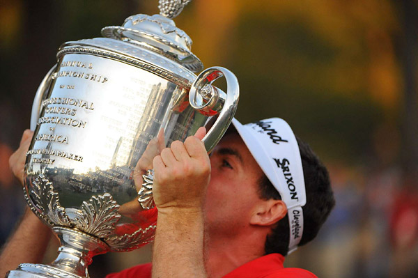 Bradley, who is PGA Tour rookie, becomes only the third player to win his major championship debut after Ben Curtis in the 2003 Open Championship and Francis Ouimet in the 1913 U.S. Open.