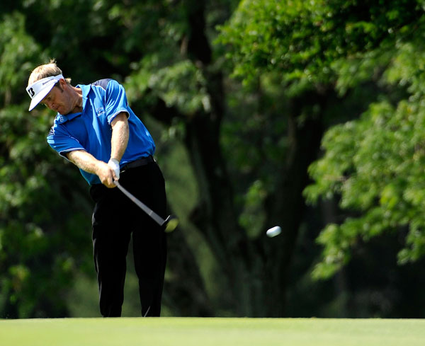Stuart Appleby jumped into contention with a four-under 66.