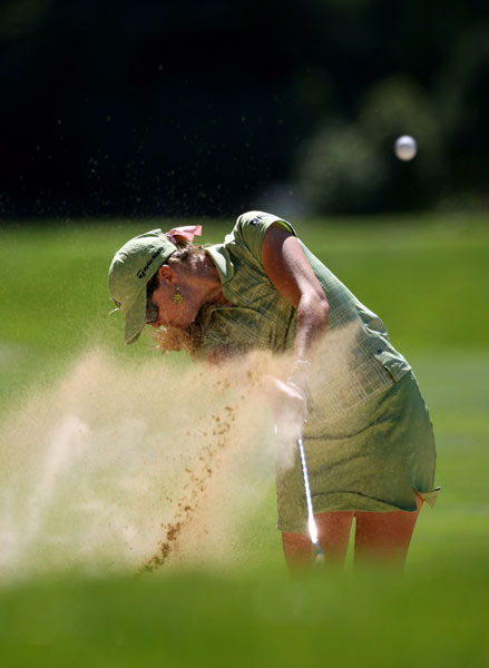 Paula Creamer bogeyed 18 to finish at one over.