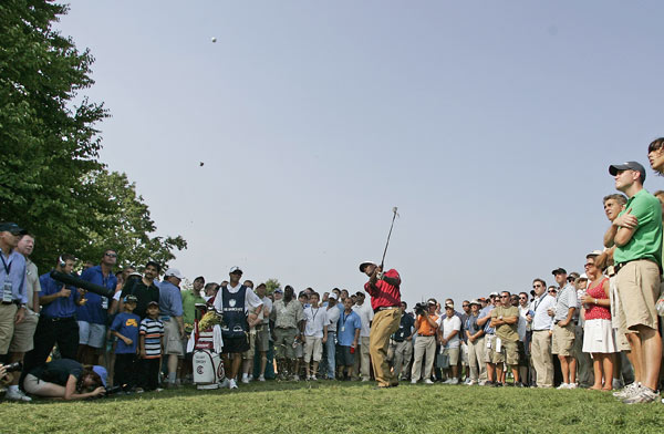 Vijay Singh, second on the FedEx Cup points list, carded four bogeys on the back nine to miss the cut.