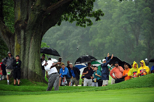 Vijay Singh tied for third after a three-under 68.
