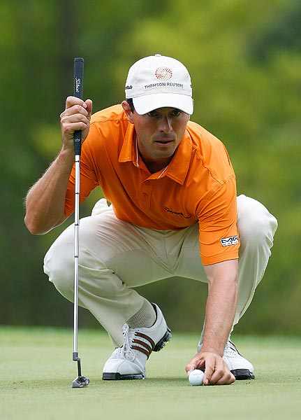 Mike Weir had another strong day, shooting a 3-under 68.