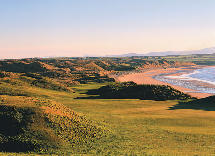 "8. Ballybunion (Old), Ballybunion, Ireland: ""Nothing less than the finest seaside course I have ever seen,"" pronounced Hall of Fame writer Herbert Warren Wind. Echoed five-time Open champion Tom Watson, ""It is one of the best and most beautiful tests of links golf anywhere."" With dunes, beach and sea all in sight and in play, it's easy to see why Wind and Watson were so wowed. One glimpse of the par-4 11th or par-3 15th and you'll see why."