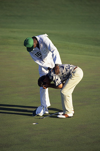 Ben Crenshaw won his second Masters title by one stroke in 1995. It was an emotional win because his mentor, Harvey Penick, had died just a week before.