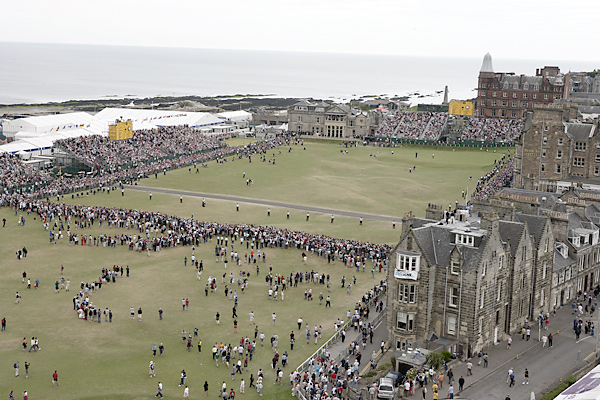 The 18th hole on Sunday at the 2005 Open Championship.