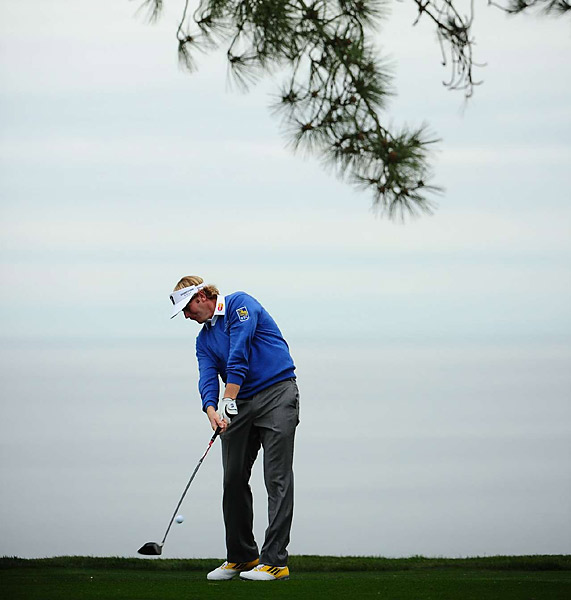 Brandt Snedeker set the pace with a seven-under 65 on the North Course to take the lead.Brandt Snedeker is tied for the lead with K.J. Choi after a seven-under 65 on the North Course.