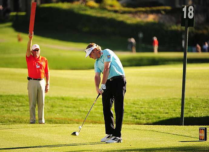Brandt Snedeker struggled to a 76 in his first round back from an injury that kept him out of several tournaments.