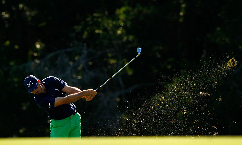 Jonathan Byrd moved into contention with a two-under 70.