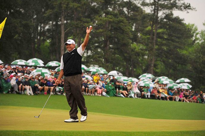 Cabrera, playing in the final group behind Scott, also birdied the 18th hole to force a playoff.