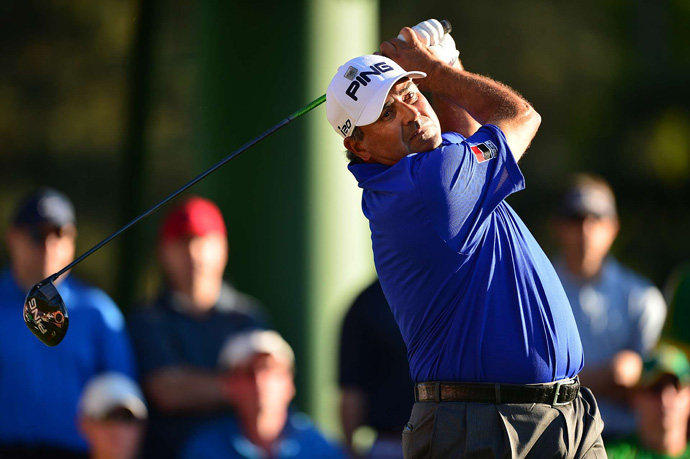 Angel Cabrera birdied 16 and 18 to grab a share of the lead with Snedeker.