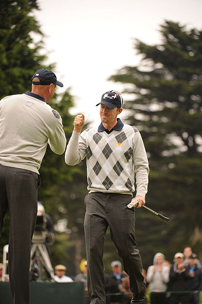 Cink and Mahan made birdie on 18 to halve the match.