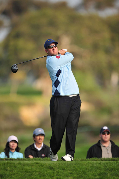 Former world No. 1 and 2001 British Open champion David Duval failed in his bid to regain full status on the Tour by finishing at two under, six strokes out of the top 25.