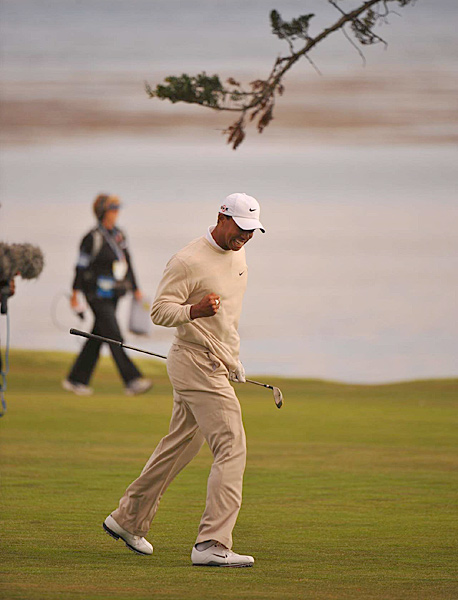 It was one of the first times in 2010 that Woods showed a flash of his former self on the golf course.
