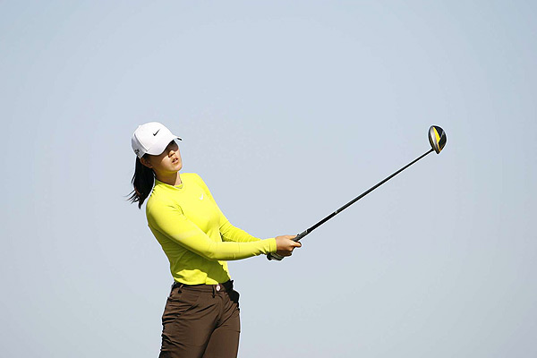Wie hit driver much more, on all but two holes, on the second day, when she played the Champions course.