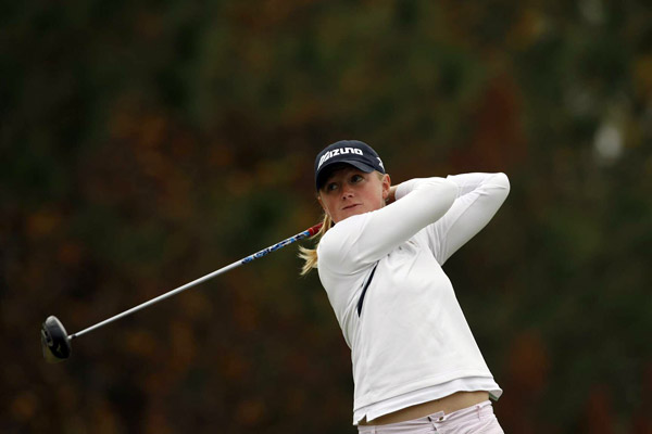 Stacy Lewis leads after a five-under 67.
