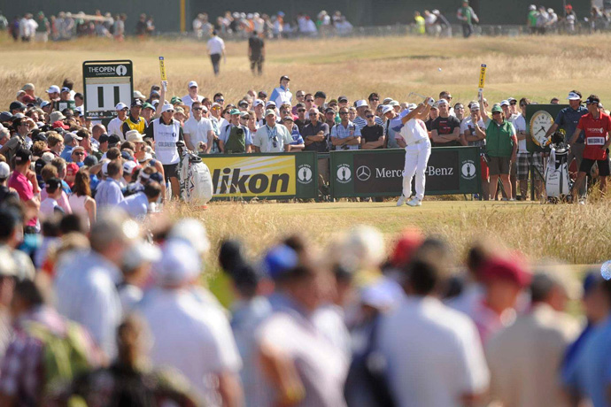 Dustin Johnson made an eagle, two birdies and four bogeys. He's one shot off the lead.