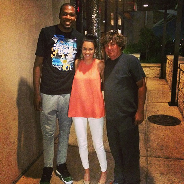 @aduf99: Fun night in San Antonio. #thunderup #playoffs@easymoneysniper