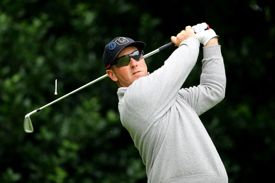 David Duval                   Duval is one of the most introverted, enigmatic superstars to ever play the game. Hiding behind his Oakleys, he earned fans with his machine-like golf swing and awkward first pumps. In recent years, he has dedicated more time to being a father and a husband than he has to golf, but he's still one of the most intelligent and thoughtful people in the sport.