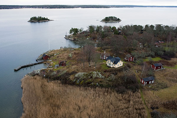 Tiger's wife, Elin, recently purchased a home on Faglaro island near Stockholm that is reachable only by boat.
