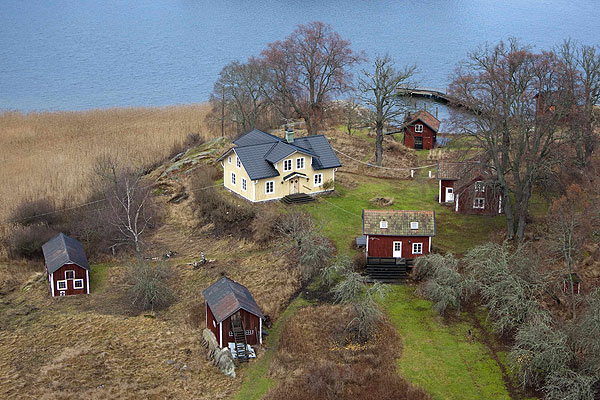 It is one of 140 properties on Faglaro island, only two of which are inhabited year round.