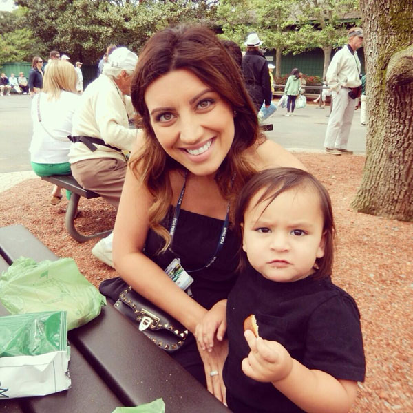 @ellielaneday: First #masters2014 concession stand trip. Love this guy. thanks @amykathleen for snapping this!