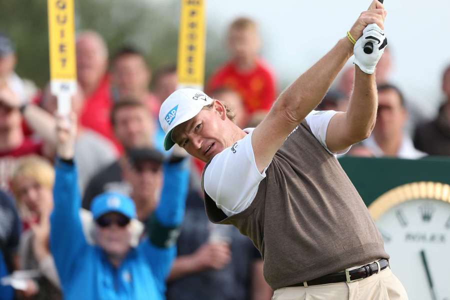 Ernie Els made three birdies and a bogey for a 68.