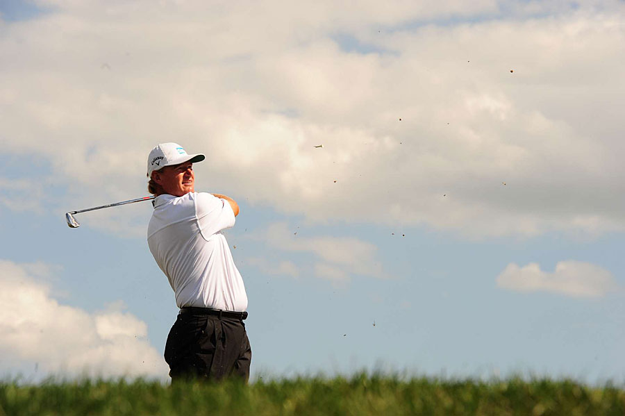 Ernie Els made four birdies and two bogeys for a 70.
