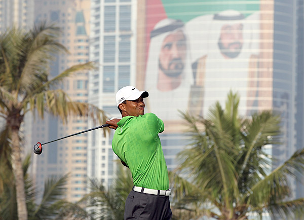 fired a six-under 66 Friday at the Dubai Desert Classic.