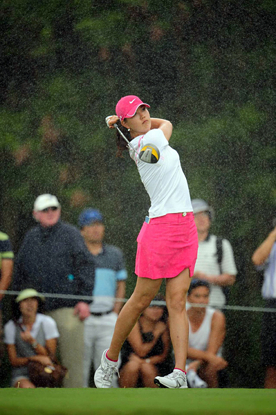 Players had to deal with brief periods of rain during the final round.