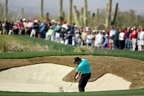 Phile Mickelson blew out Brendan Jones, 6 and 5.