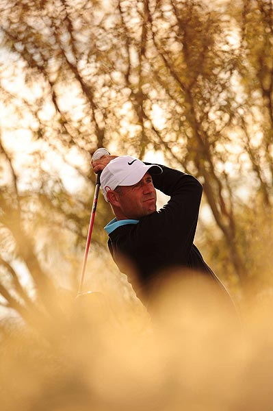 Cink won his first hole of the day on the par-4 12th, leaving Woods 4 up.