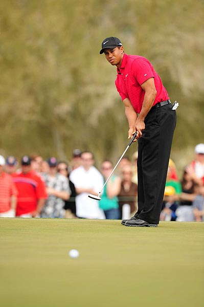 This was Woods's fifth straight tournament win, and his 15th World Golf Championship title.
