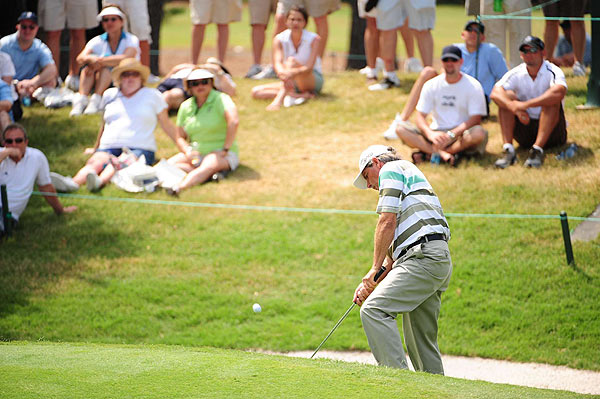 Fred Couples, who won the Players in 1996, will probably miss the cut after an eight-over 80.