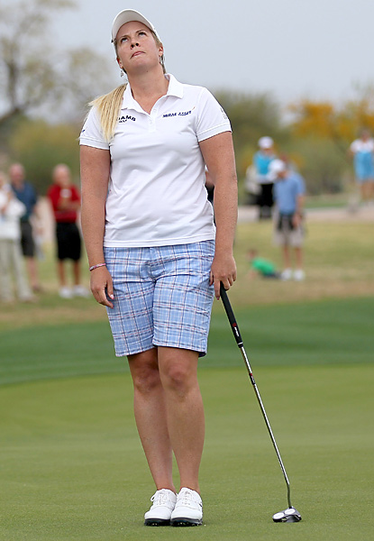 Brittany Lincicome missed a 10-foot par putt and bogeyed the final hole to finish in second place by one shot.