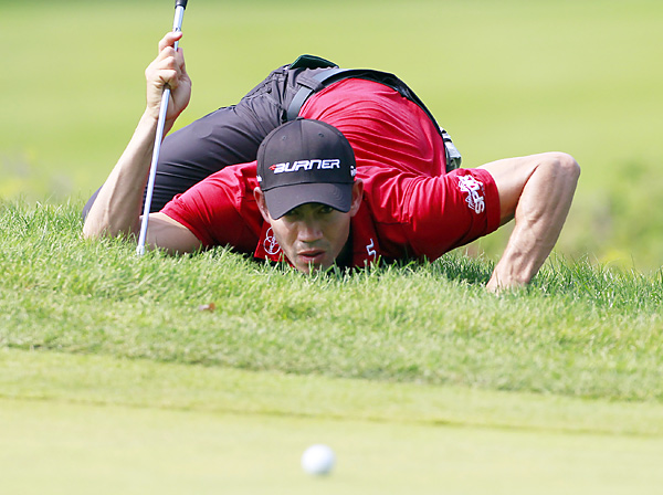 Camilo Villegas shot a six-under 65.