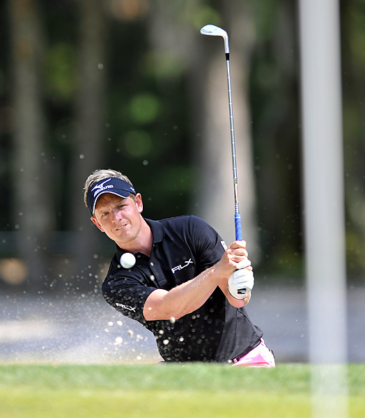 Luke Donald began the final round with a one-shot lead and a chance to take over the No. 1 ranking. He shot a 70, and then lost to Brandt Snedeker on the third hole of sudden death.