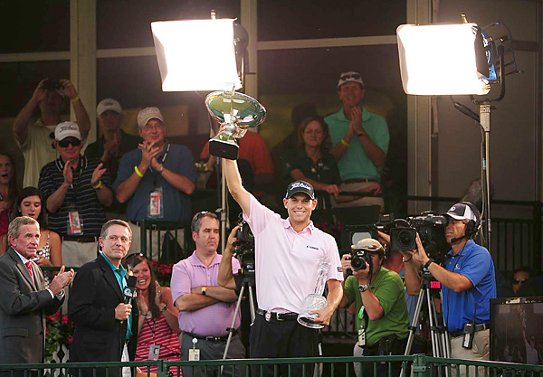 Bill Haas defeated Hunter Mahan on the third hole of a sudden-death playoff to win both the Tour Championship and the FedEx Cup.