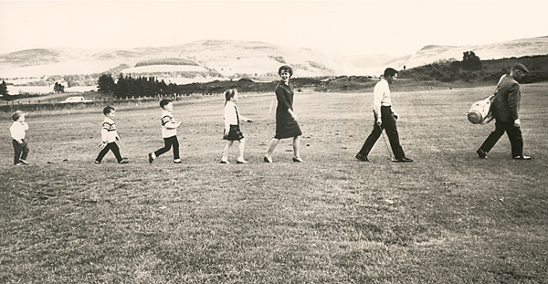 Player and Vivienne raised six children on their ranch in South Africa.