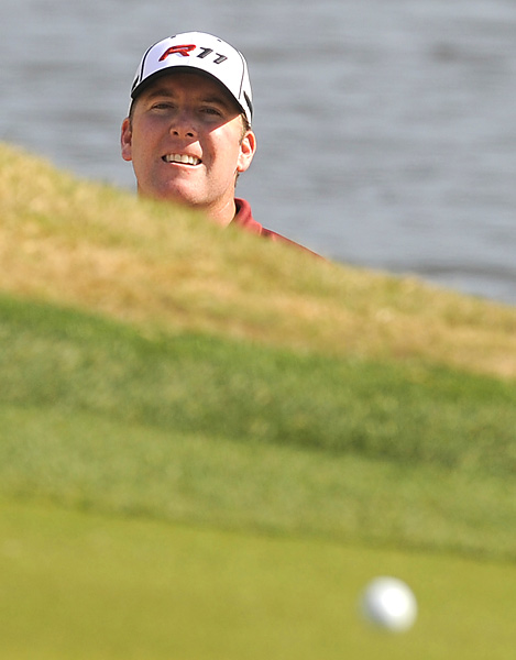 D.A. Points bogeyed the 17th hole to fall to five-under, four shots behind Lamely.