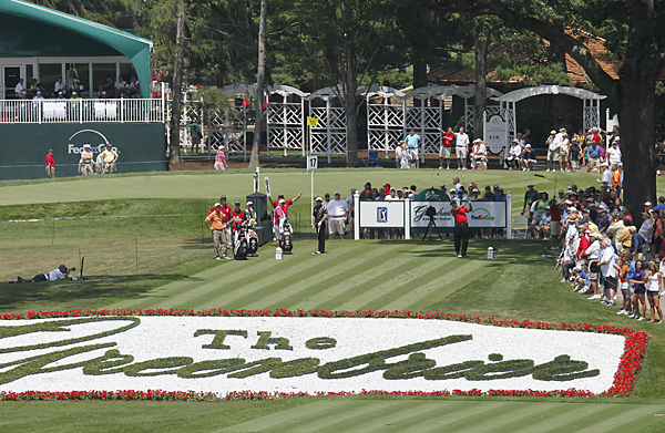 failed to ace the par-3 18th, where fans will receive $100 if a pro makes a hole-in-one this week.