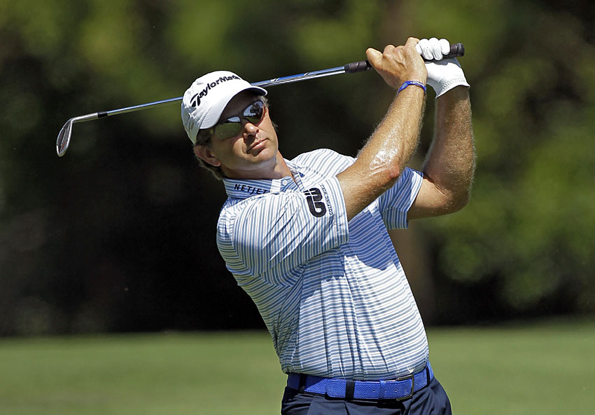 Despite fighting a bad back. Goosen fired a six-under 65.