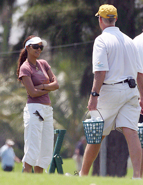"Esquire's 2008 Sexiest Woman Alive picked up the game to spend time with her then boyfriend Gabriel Aubry. ""He played in the '80s, so that was good,"" Berry told People magazine at a celebrity golf tournament. ""I would have been 120, if I played. ... But you know, that's really not the point.Halle Berry:                       Esquire's 2008 Sexiest Woman Alive picked up the game to spend time with her then-boyfriend Gabriel Aubry. ""He played in the '80s, so that was good,"" Berry told People Magazine. ""I would have been 120, if I played. ... But you know, that's really not the point. I love trying, and I love being with him."" And like John Daly, she likes to play barefoot."
