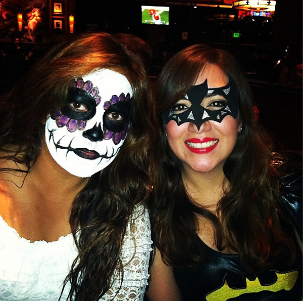 "Lizette Salas""With batgirl/ @stephanolia731 #happyhalloween."""